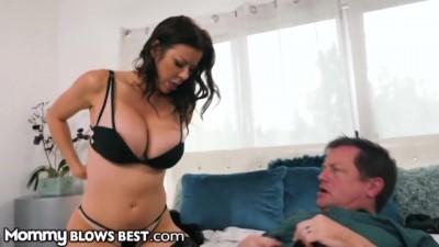 Alexis Fawx Worships & Devours Cock