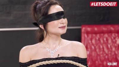 Italian Babe Valentina Bianco Hardcore ASS FUCKED by a BBC