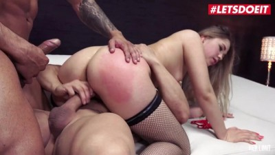 INTENSE ANAL THREESOME COMPILATION!