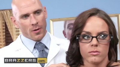 All Natural Young Rahyndee James Gets Exploited by Doctor