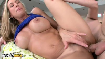 Busty Blonde MILF Brandi Love getting Wrecked
