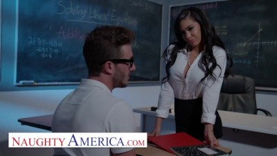 Gia Milana Teaches Lucas how to Fuck in Class