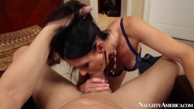 MILF Babe India Summer in POV
