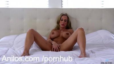 Big Tits Cougar Brandi Love Trembles with Orgasmic Pleasure