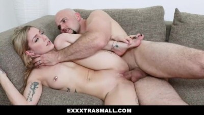 Cheating Girlfriend Pounded by Huge Cock