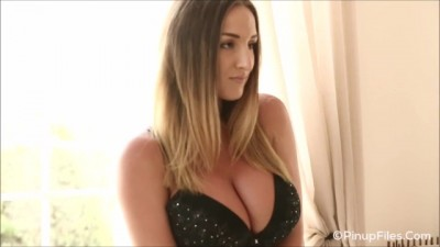 Busty Stacey Poole Strips out of her Sexy Black Bra for you