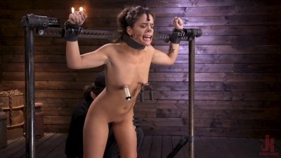 Victoria Voxxx Endures Extreme Torment in Grueling Steel Bondage