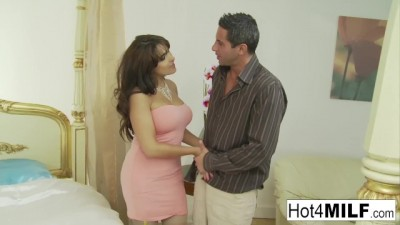 Busty Latina MILF Takes the Cock Deep in her Pussy
