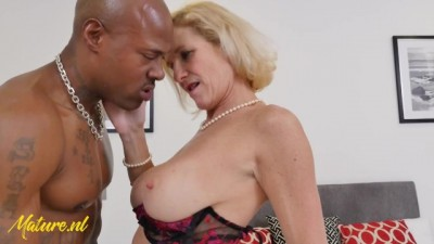 Married Wife Fucked by a Huge BBC while her Husband is at Work