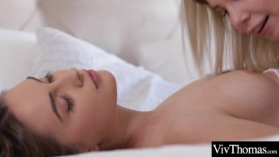 Lesbians Drive each other to Intense Orgasms in a Passionate 69