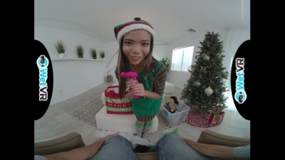 Asian Vina Sky Gifted Sex for Christmas in VR