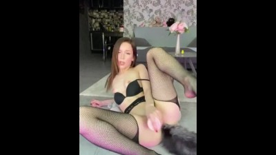 Sexy Kitten is Playing with her Ass and Pussy