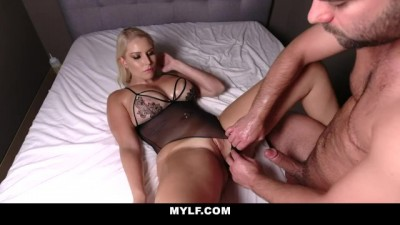 Blonde MILF Worshipped & Fucked by Young Amateur