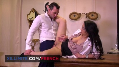 French Optician wants Anal Sex on the Table