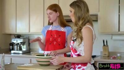 Ashley Lane, Jane Rogers - Step Sisters Valentines Cookie