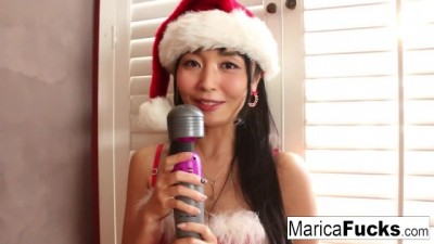 Japanese Christmas Style Celebration with Marica Hase's Solo!