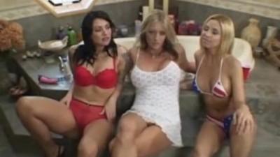 Allysin Chaynes & Katrina Kraven & Sindee Coxx