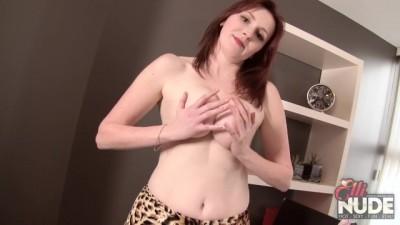 Sexy Personal Secretary Blowjob in Stockings