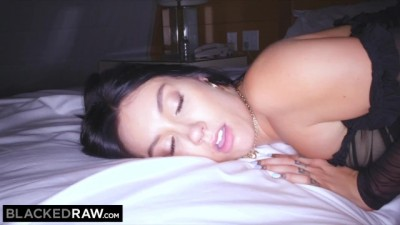 Raven-haired Beauty Cheats on BF with Huge BBC