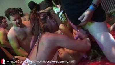 Sexy Susi, Vollbusige Deutsche Gangbang MILF