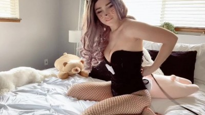 BUNNY MAID MAKES YOUR BED!