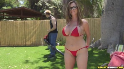 Milf Hunter - Backyard Banging