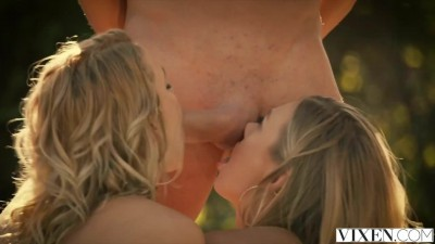 Mia Malkova and Natalia Starr share a HUGE cock!