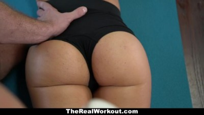 Sexy Workout Guru Gets Thick With Dick - Zoig