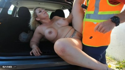 Thick Blonde MILF Fucked By Roadside Assistance