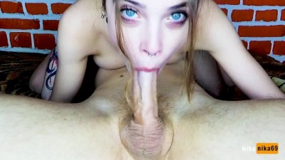 MANY STRONGLY PULSATING CUM