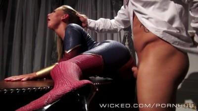 Lex fucks supergirl