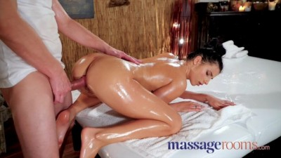 Soaking Wet Nymph Nelly Kent Gets Fucked on Massage Table