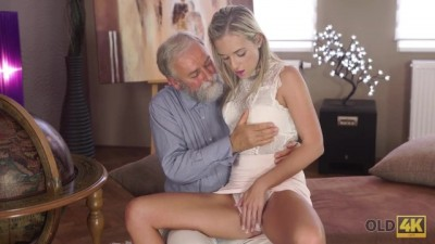 Shanie Ryan Finally tries Dick of her Geography Teacher