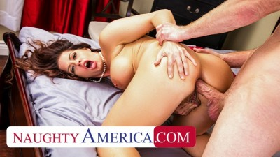 Holly Heart Gets her Pipes Filled by the Plumber