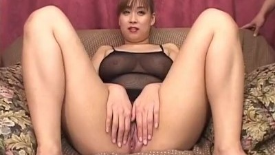 Hottie Monami Sakura Masturbates alone before getting