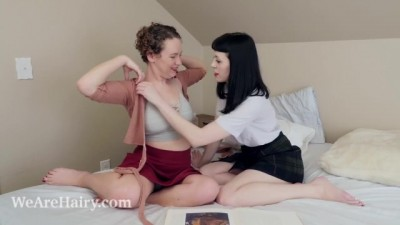 Lexx Lewis and little Olive Play