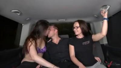 Takevan Fantactic Foursome in Driving Van
