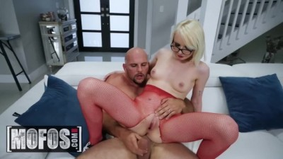 Small Skater Teen Alice Pink Gets Dominated Big Big Dick