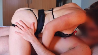 INTENSE PEGGING BY AMATEUR GIRL