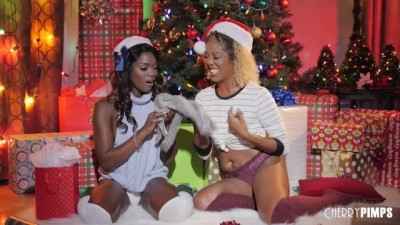 Ebony Lesbians Lick each Other's Pussies and Asses for