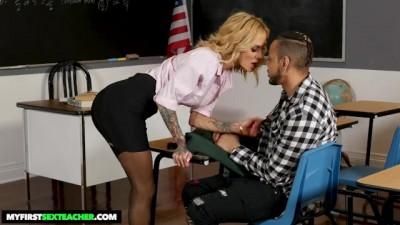 Sarah Jessie Seduces her Student for his Big Black Dick