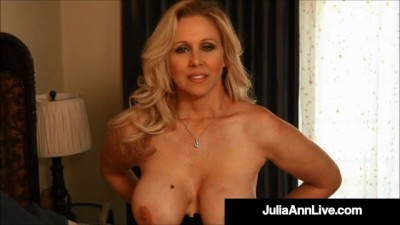I want my Mommy! Julia Ann Fingers her Sweet Mature Muff!