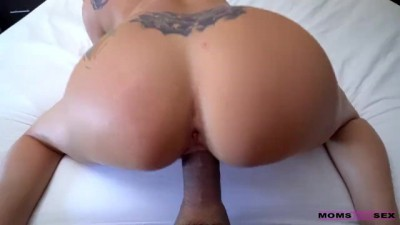 Mom Makes Me Cumshot porn