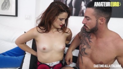 Petite MILF tries to Enter the Porn World by Gaping her ASS