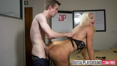 The new Girl Episode 3 Nicolette Shea & Danny D