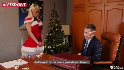 Christmas Holidays at PornoAcademie Include Squirting Sessions