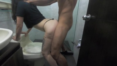 Thick Ass Amateur Girl Fucks his Man in the Bathroom