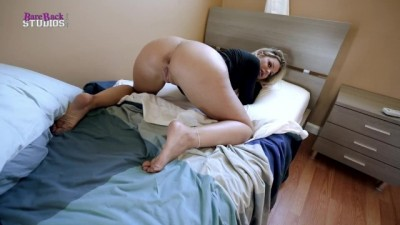 Step Mom with Huge Tits is Stuck Making the Bed