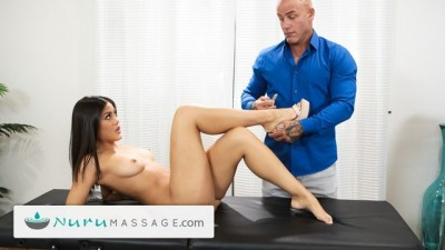 Kendra Spade gives Step-Uncle Throbbing Boner