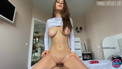 Girl Watched Porn in VR Glasses and Masturbating her Pussy